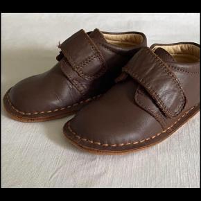 EN FANT Andre sko til drenge