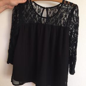 Sort trøje fra Rut & Circle i str xs 😃