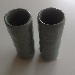 2 små vaser