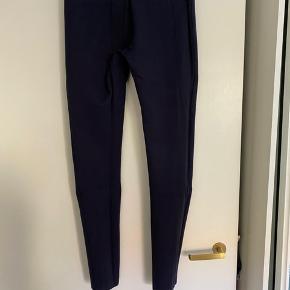 Como Imogen leggings 27/32 Mørkeblå. Rigtig pæne!