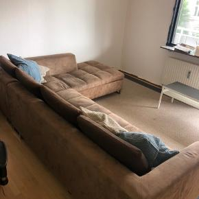 Billig sofa til salg. Kom gerne med et bud.