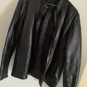 Matinique skind- & læderjakke