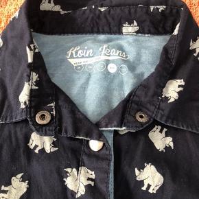 Så fin en skjorte fra Koin....😀   Handler gerne mobilepay.