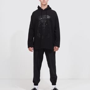 Essential hoodie fra Astrid Andersen. Aldrig brugt