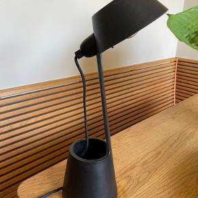 Tom Dixon Bordlampe