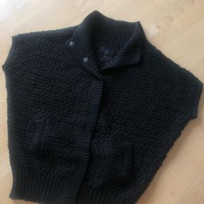 BBP Paris vest