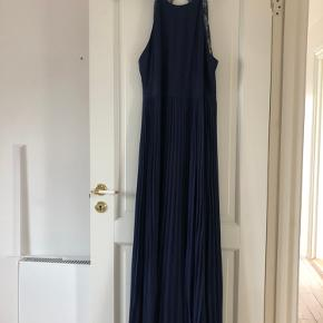 NLY EVE kjole
