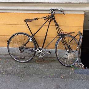 pedersen cykel original fra christiania. christaniacykel med gammelt stelnummer. det er den mellemste størrelse  pris kan forhandles