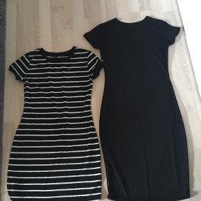 Jeg sælger disse to kjoler i en størrelse Small. Har brugt dem begge et par enkelte gange.  Har ingen fast pris, så endelig bare skriv