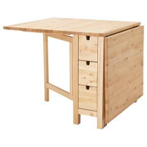 Et rigtig fint og praktisk bord. Fungere super godt når pladsen er træng. Bordet er brugt en lille smule, men er i rigtig god stand. Bordet er fra ikea og modellen hedder Norden. Billeder kan sendes af bordet