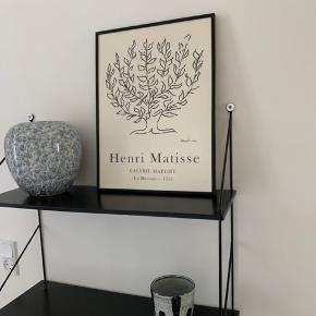 Hylde inkl ramme og vaser