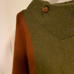 Sej vintage sweater i forskellige farver 🍊fitter xs-m ✨ skriv for flere billeder 📺