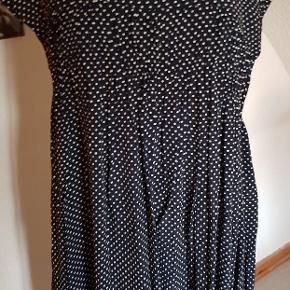 Fin kjole sort/hvid #30dayssellout