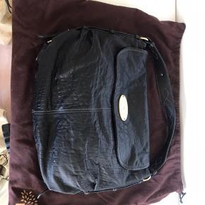 Ny Mulberry taske i blødt kalveskind Fejler intet. Højde: 30 cm Bredde: 37 cm