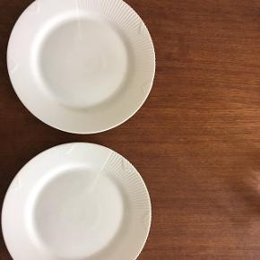 2 stk hvid element frokost tallerken. Ingen skår