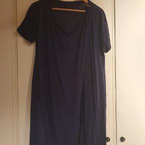 Smuk kjole fra COS