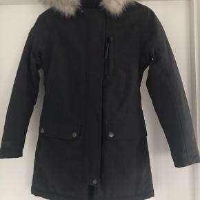 Fejl køb helt ny jakke købt efterår 2018 nypris 1500