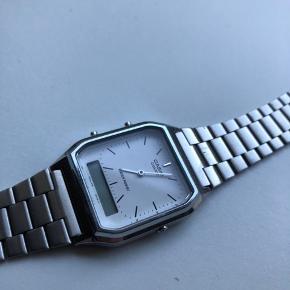 Lækkert ur. Brugt et par gange
