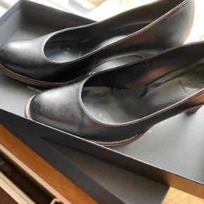 En sko der er brugt få gange
