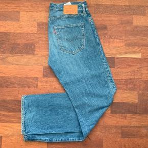 Fede blå Levi's 501 jeans sælges Str 32/32 Prisen er fast