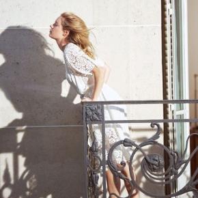 Fineste kjole fra & Other Stories, brugt en enkelte gang.   ———————————————————————  Se mine andre annoncer!  ARKET, & Other Stories, Rodebjer, Samsøe & Samsøe, ARQ, Monki, H&M, Nike, Zara, Ray Ban, Won Hundred, ENVII, American Apparel