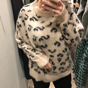 Nör sweater