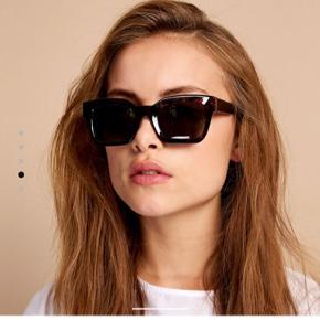 Gigi solbriller fra Envii, aldrig brugt - nypris 200kr   Bytter ikke og køber betaler fragt 🌞