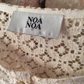 Rigtig sød cardigan/jakke fra Noa Noa. Ny pris 899 kr. Aldrig brugt.