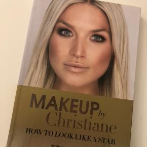 Julia Sofia - Smuk indeni - smuk udenpå 50kr Fie Lauresen - Min ærlighed 50kr Makeup by Christiane - How to look like a star 50kr