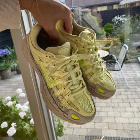 Populære Nike p 6000 sneakers. Brugt få gange og har kun små brugspor🌼 Str 38,5 - 24,5 cm Ny pris 899  Se også mine andre annoncer fra bl.a. Ganni - Maanesten - Nike - Samsøe