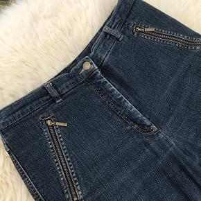 Kello jeans