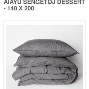 2 stk. Økologisk bomulds sengetøj fra Aiayu i farven dessert Sengetøjet er fremstillet i Bolivia og er Fairtrade  Sengetøjet er inkl pudebetræk og måler 140*200 svarende til en almindelig dyne  Nypris 1295 pr. Sæt