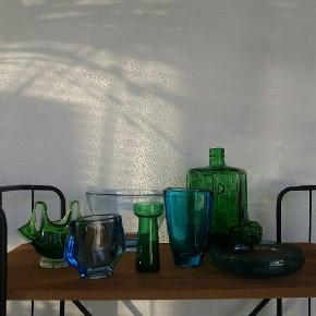 Skål fra Holmegaard. Blandet glas vaser.  Priser fra 35