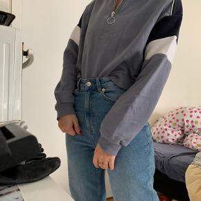 Oversized trøje sweater fra H&M.