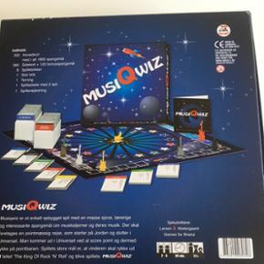 Musik qwiz Ny pris.  med 5 forskellige kategorier. Fra 12 år
