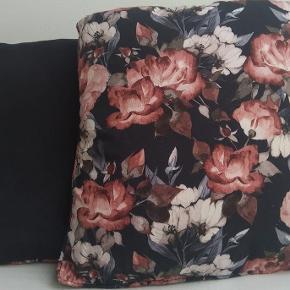 Decorative floral pillows 45x45cm