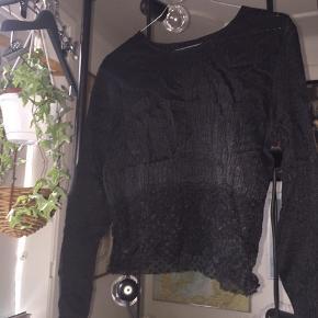Smuk trøje - passer en small/medium.  God til jeans eller en nederdel.   Kom gerne med bud!   #30dayssellout