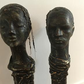 Skulpturer. ca 80 cm høje pr stk 500 - rabat ved flere (jeg har 4 ialt) Materiale bronzelignende Paverpol