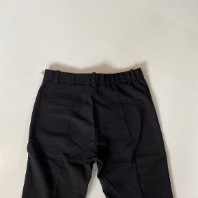 Habit bukser fra mango i str. 34