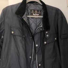 Barbour navy blue jacket, keeps warm, used for one season, good condition