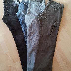 Solid Joy strech model bukser: W36/L34 - næsten ikke brugt Jack&Jones grå anti fit jeans: W36/L34 C&A slim leg bukser W38/L36  Kom med et bud