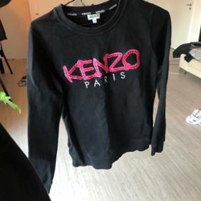 Sælger denne fede Kenzo sweat, byd!Fitter Xs-S