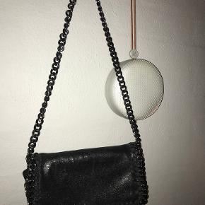 Sød taske, brugt meget få gange- byd🌸