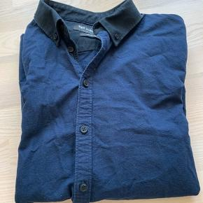 Minimum skjorte. Str XL. Ikke brugt.