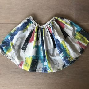 Fin lille nederdel fra COS - justerbar
