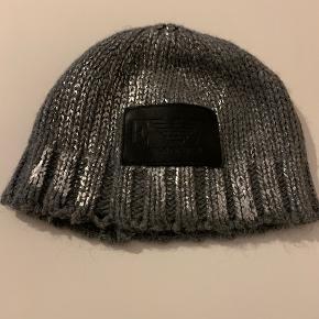 Emporio Armani hat & hue