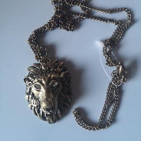 Løve med diamant øjne