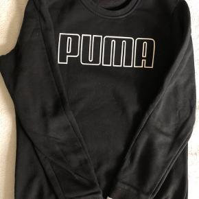 Black PUMA sweatshirt