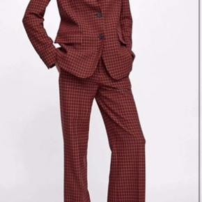 Red/brown checked Zara trousers. Used only a handful of times.