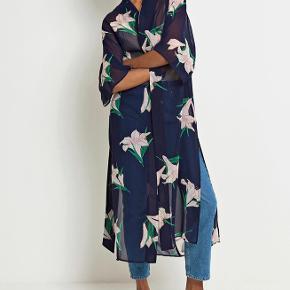 Smukkeste kimono fra Envii